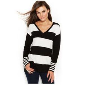 Vince Camuto Double V-neck mixed stripe sweater